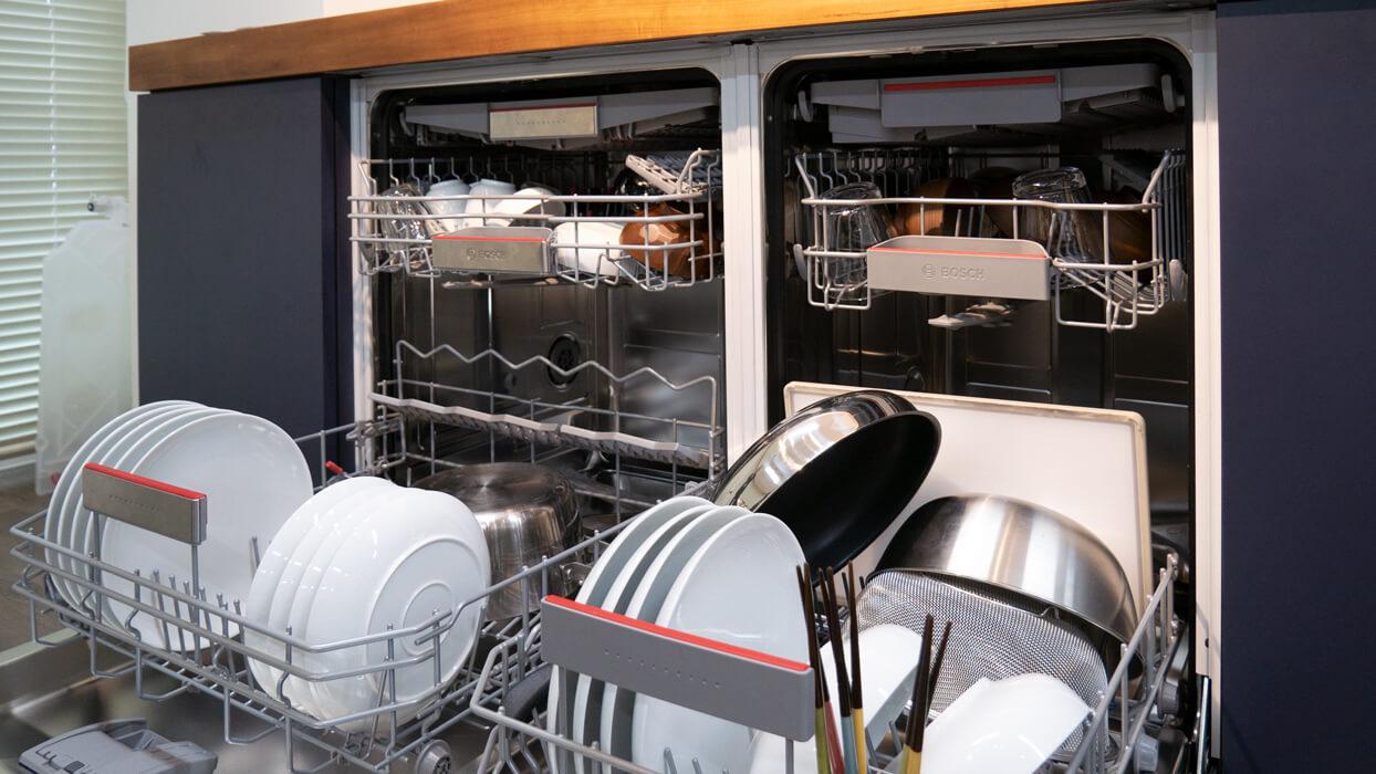空いているBOSCHの2つの食洗機